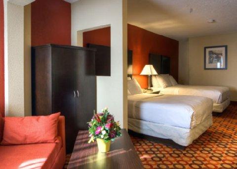 Comfort Inn & Suites Statesville Room