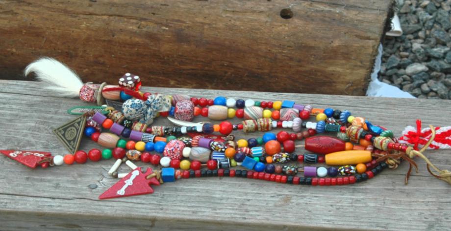 Eswau Huppeday Lodge Bead System